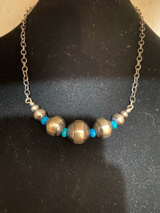 The Navajo Pearl/turquoise chocker