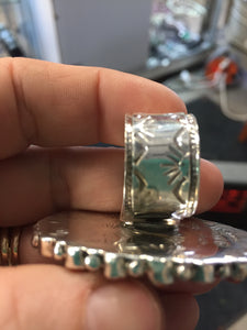 Sunburst ring Turquoise/ spiny