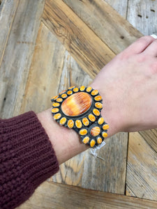Spiny Oyster Flower Cluster Cuff