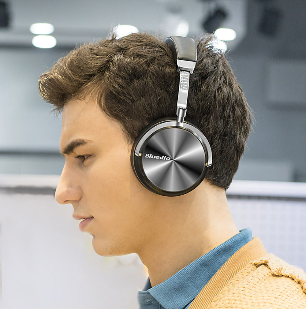 trending-active-t4s-headphones-for-music-available-at-etech-gadgetz