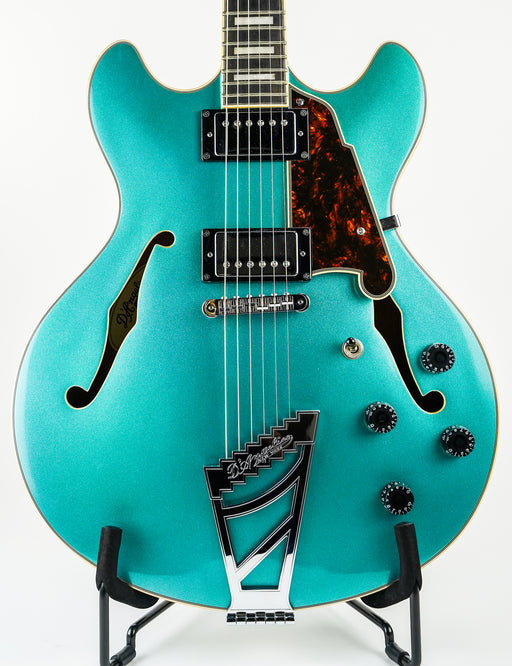 D'Angelico Premier DC Ocean Turquoise with Stairstep Trapeze Tailpiece