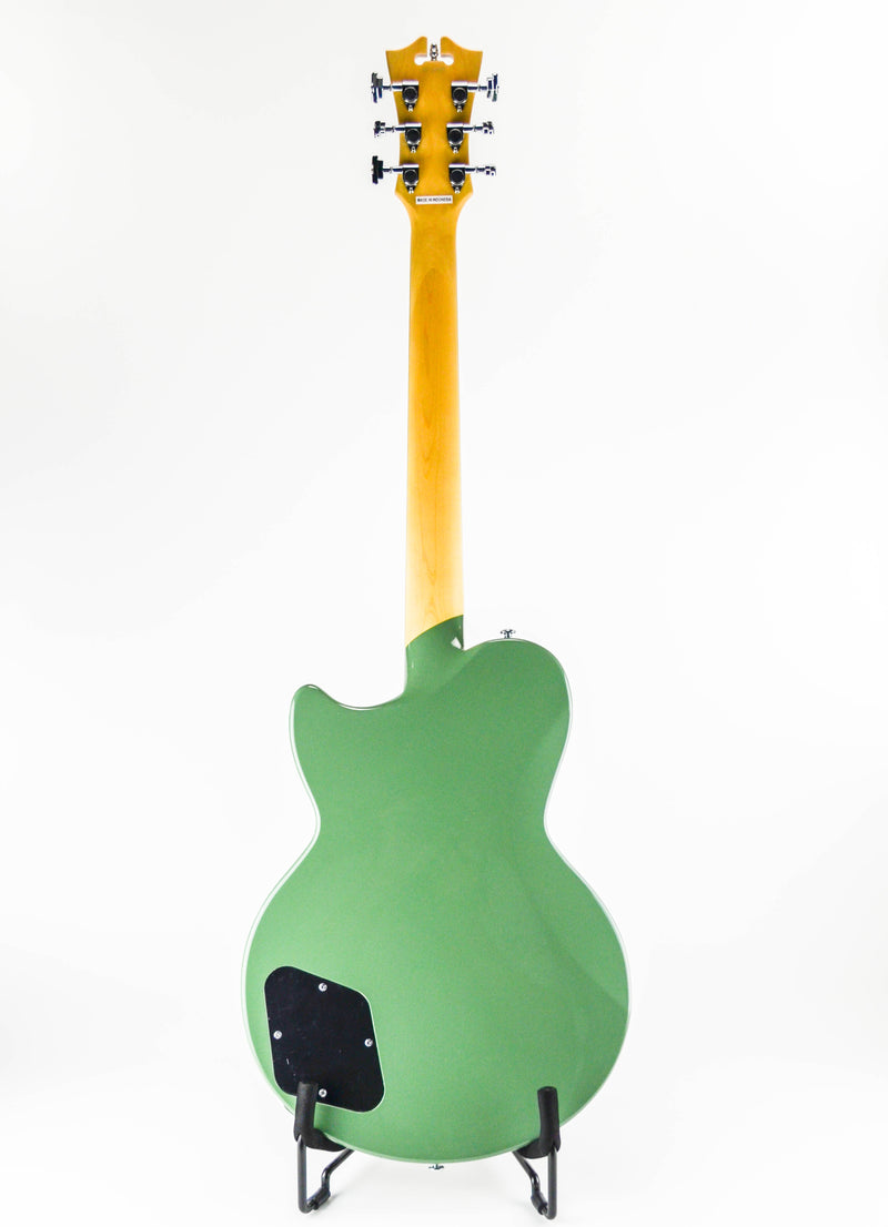 D'Angelico Premier Atlantic Army Green With a sound as large as its namesake, the Premier Atlantic is a powerful single-cutaway solid-body. Strapped with two Seymour Duncan Designed humbuckers, the Atlantic is perfectly suited for full, loud tones-but two push/pull tone knobs for coil-tapping also offer exceptional single-coil sounds. Designed with your shoulder-ache in mind, a deep belly cut and thinner body depth keep the Atlantic lightweight while still offering tremendous sustain.