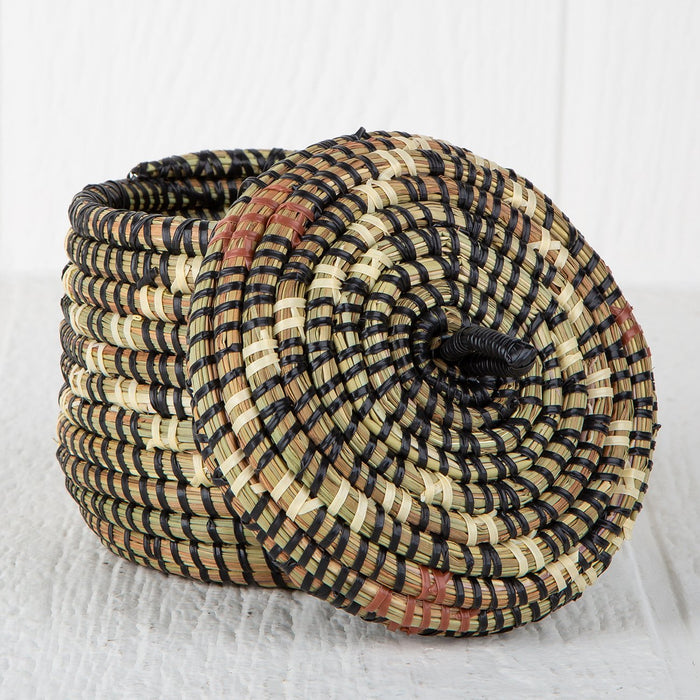 "Argyle African Basket With Lid (4.5""h)"