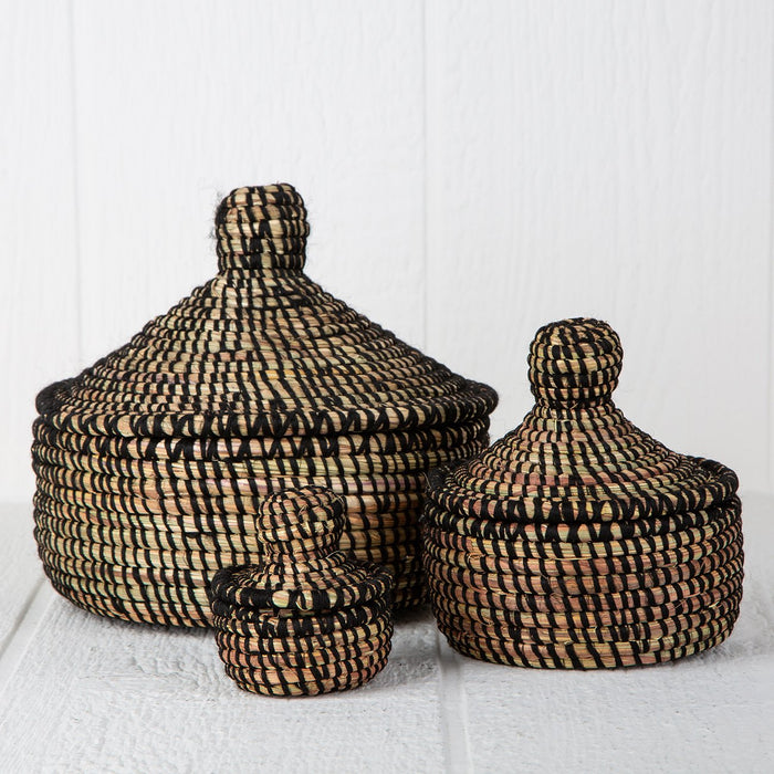 "Black African Nesting Box With Lid - Large (8.5""h)"
