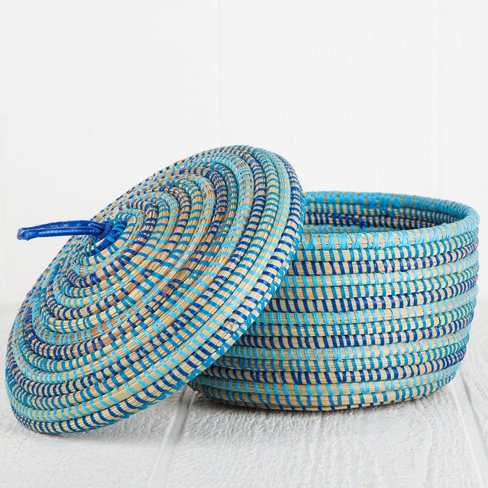 "Blue African Basket With Lid - Medium (5.75""h)"