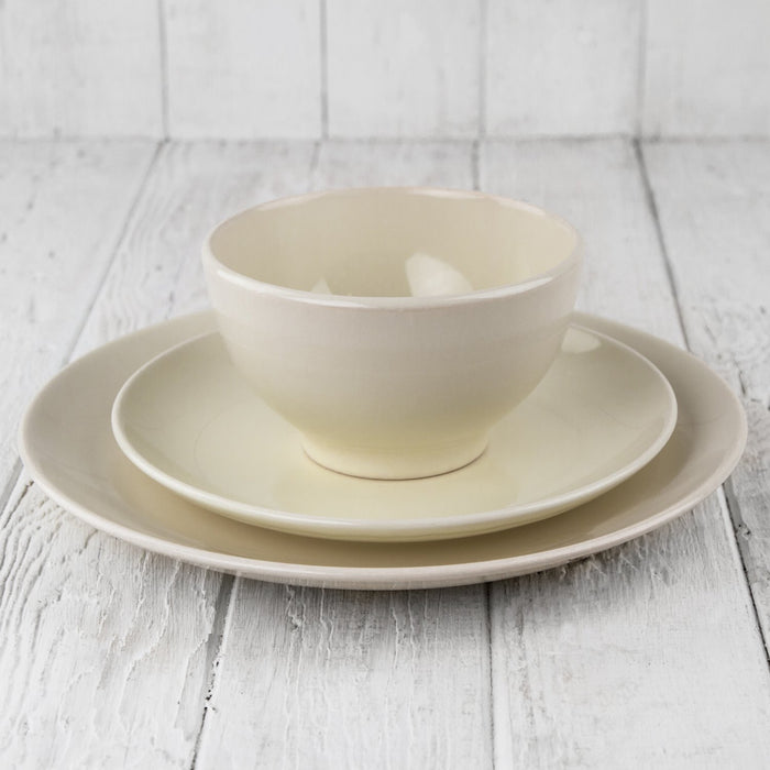 "Cream Ceramic Alfa Bowl (5.5""⌀)"