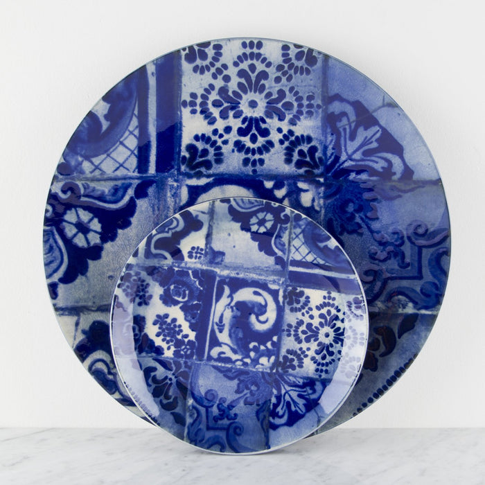 "Fine Stoneware Blue and White Presentation Plate (13.5"")"