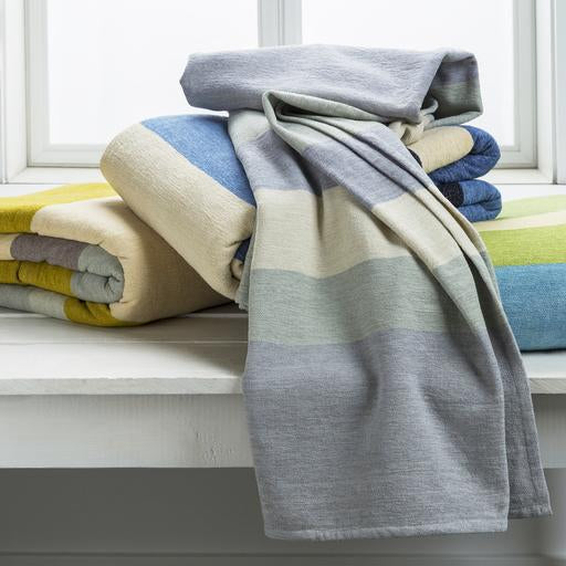Meadowlark Throw Blanket (Blue)