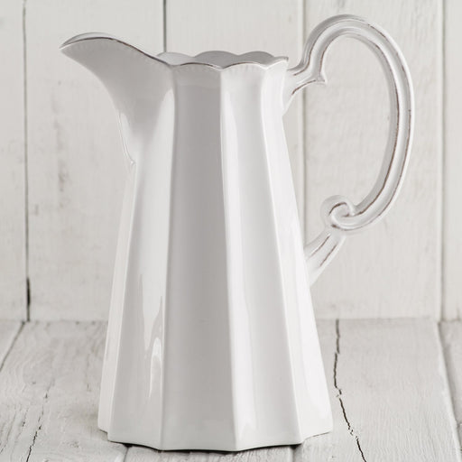 Paris Pitcher