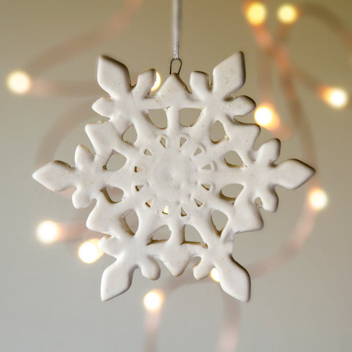 "White Ceramic Crystal Ornament (3.75""h)"
