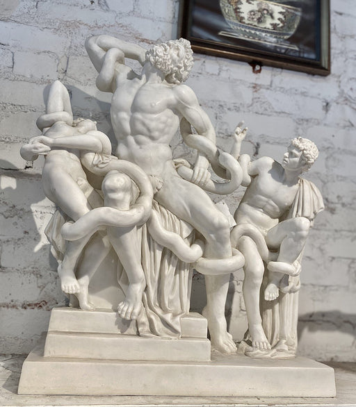 White Marble 'Laocoön and his Sons' Statue