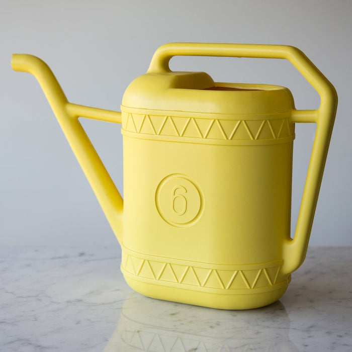 Yellow Plastic Watering Can *Made in the Netherlands (6 Liters)
