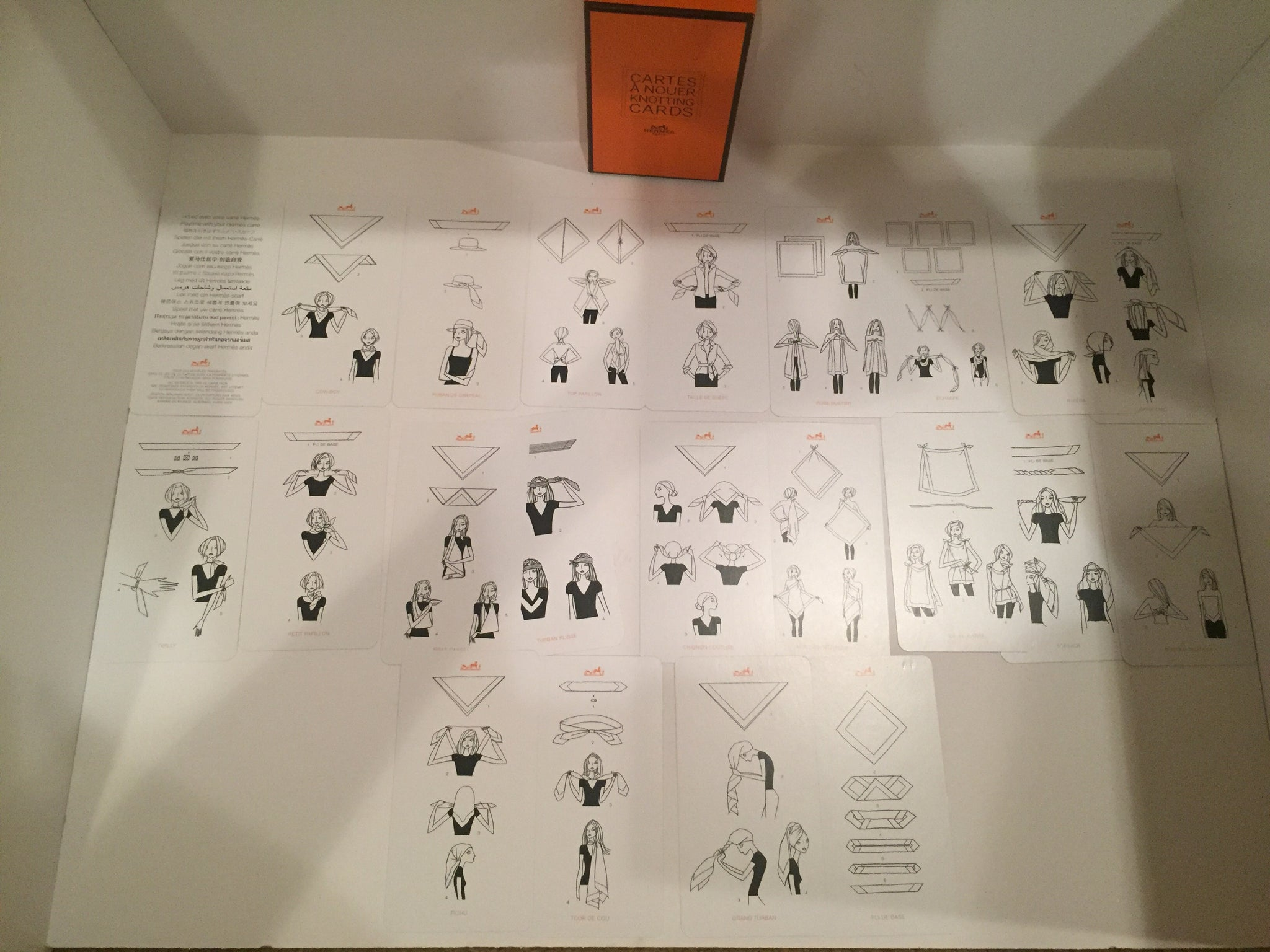 New In Box Authentic Hermes Scarf Knotting Cards Blushing Babes Tying Diagram