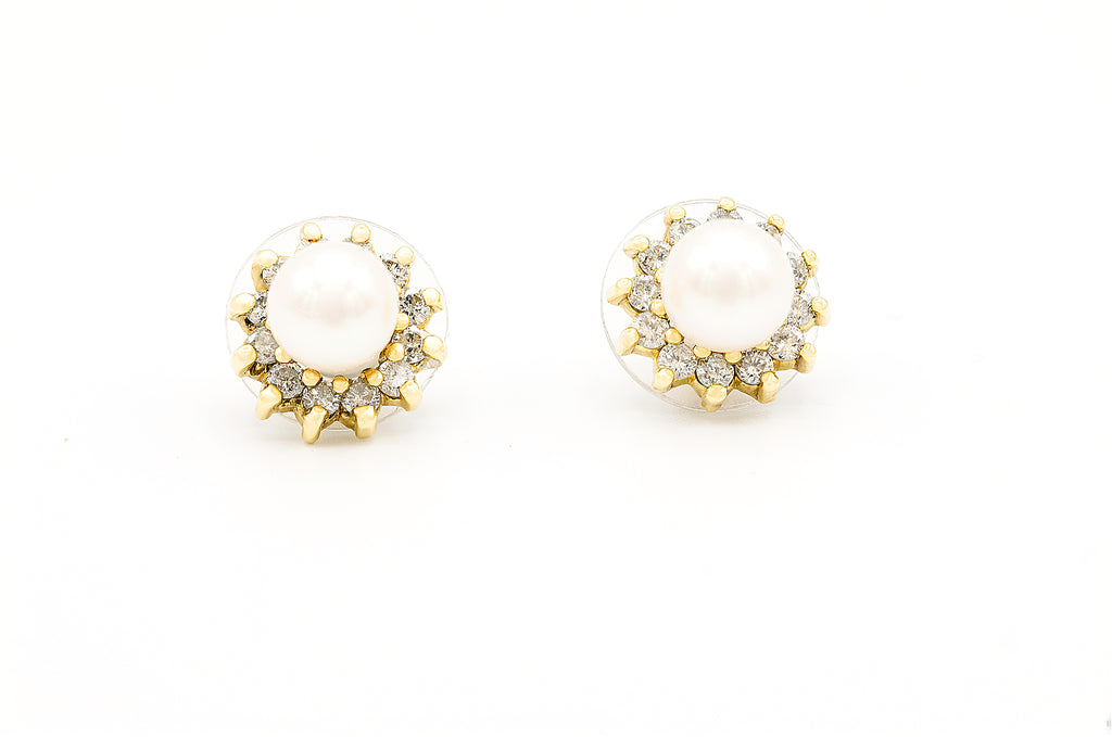 1 CT. Diamond Cluster Pearl Earrings in 14K Gold