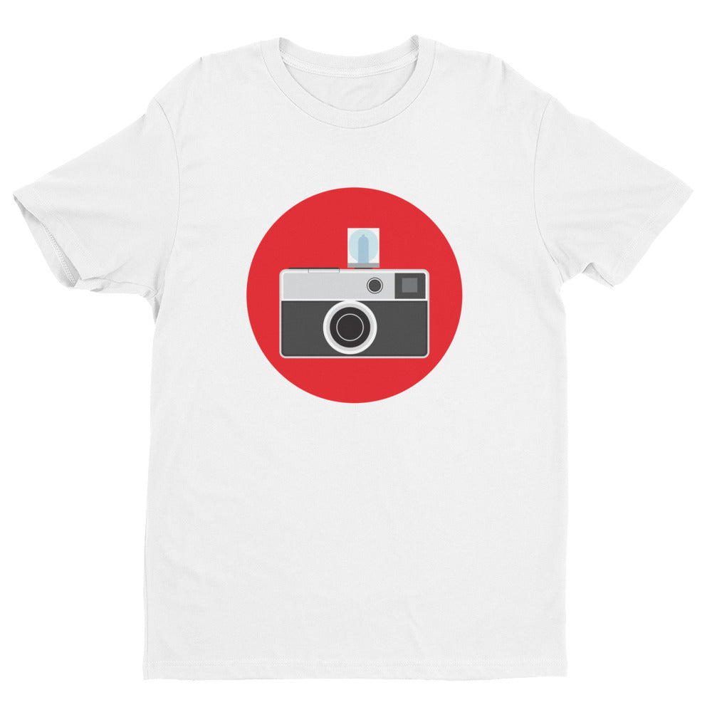 Instamatic on red (Men)