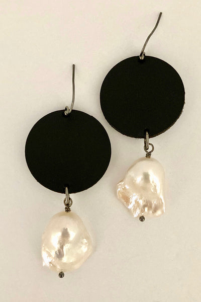 Laser cut leather with genuine pearl earring
