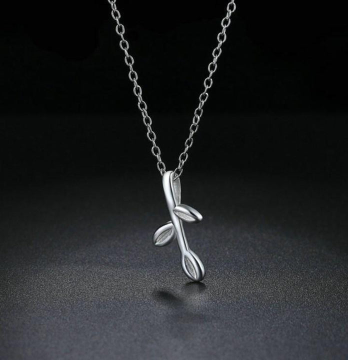 CNS Deals Women Necklace Lovely Young Leaves Platinum Plated Pendant Necklace
