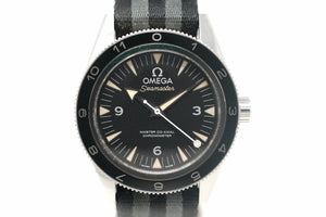 "Omega Seamaster ""SPECTRE"" Limited Edition Master Co-Axial 233.32.41.21.01.001 with Bracelet & Two Straps"