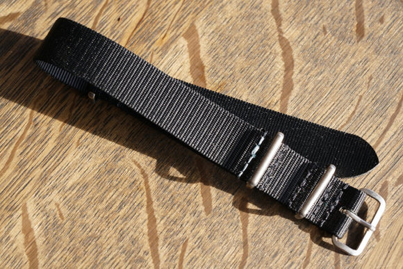 Worn & Wound ADPT - Black 20mm NATO Strap