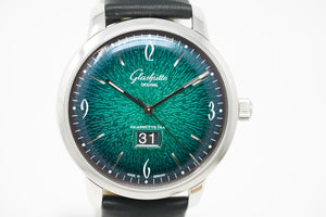 Glashütte Original Sixties Panorama Date 2-39-47-04-02-04