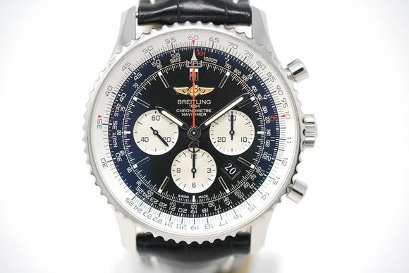 Breitling Navitimer 01 AB012721/BD09 with Three Straps and Bracelet