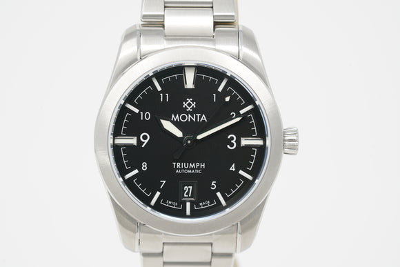 Monta Triumph with Bracelet and Three Straps