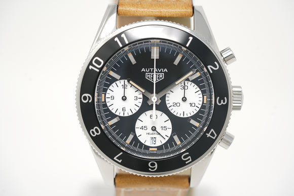 Pre-Owned Tag Heuer Autavia Heritage Calibre Heuer 02 CBE2110.FC8226
