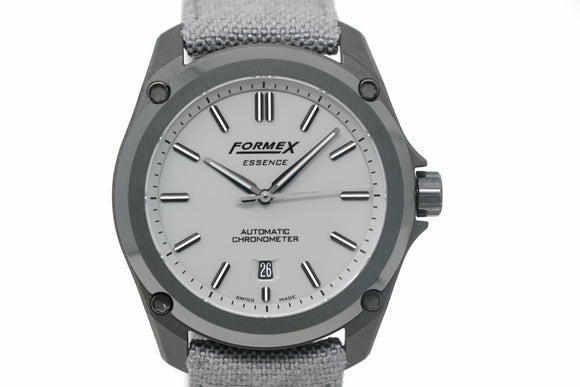 Pre-Owned Formex Essence Leggera