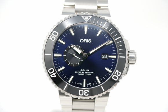 Pre-Owned Oris Aquis Small Second Date 01 743 7733 4135-07 8 24 05PEB