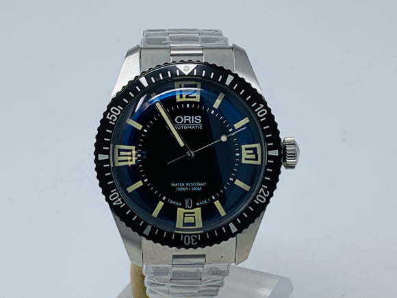 Oris Divers Sixty-Five 40mm Mens Watch with Two New Extra Oris Straps