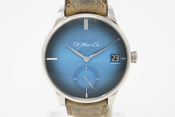 H. Moser & Cie 18K White Gold Venturer Big Date Blue Fume Dial Limited Edition Watch 2100-0203