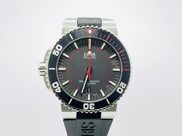 Oris Aquis Red Limited Edition Watch 01 733 7653 4183-SET RS