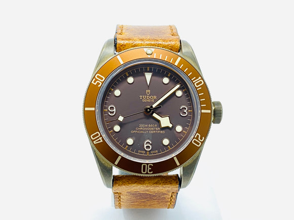 Tudor Heritage Black Bay Bronze Automatic Watch 79250BM with Extra Strap