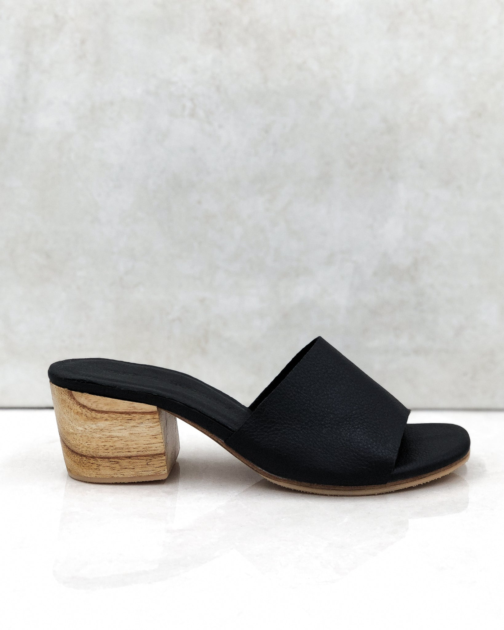 The AMELIE heel in Carbon