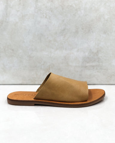 The SOFIA slide in Soft Tan