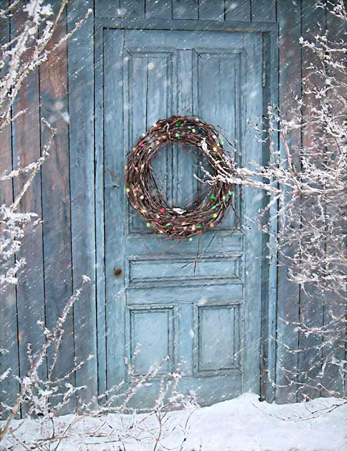 Christmas Holiday With Barn Door And Wreath Photography Backdrop J