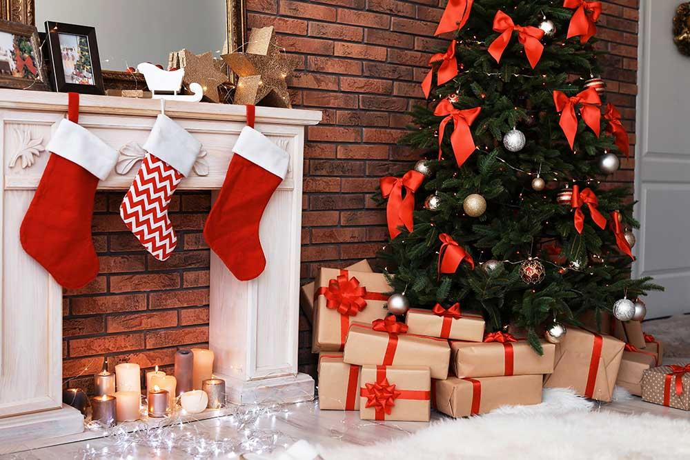 Fake Christmas Fireplace.Christmas Tree Fake Fireplace In Brick Room Photography Backdrop