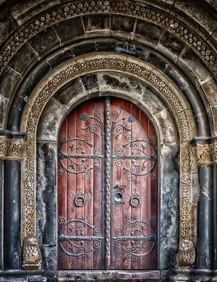 Retro Castle Arch Old Red Wood Door With Gothic Wall Backdrop For Photography - Shop Backdrop