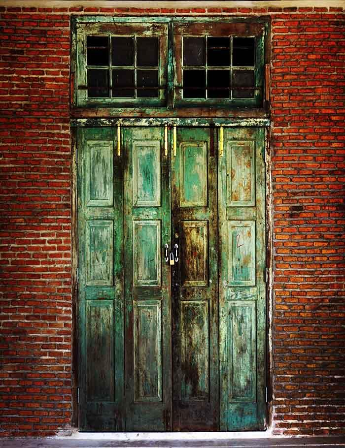 Retro green Wood Door With Brick Wall Photography Backdrop J-0051