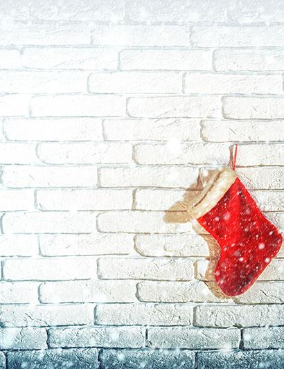 White Brick Wall With Christmas Socks Photography Backdrop J-0415