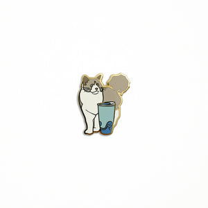 Ragdoll x Coffee Mug Pin