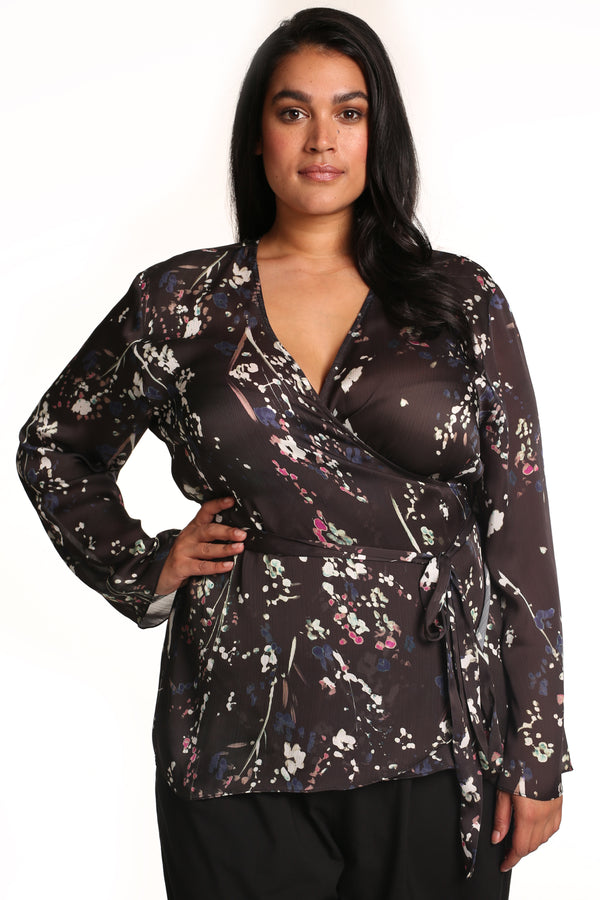 PLUS-SIZE FASHION - GIANNA PRINTED WRAP TOP