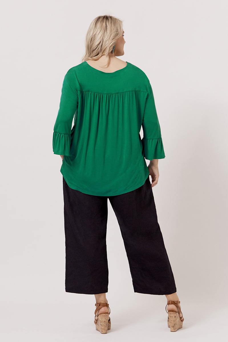 JESS BAMBOO BUTTONED TOP FOR CURVY WOMEN