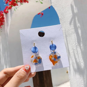 Jia Acrylic Dangle Earrings (Blue)