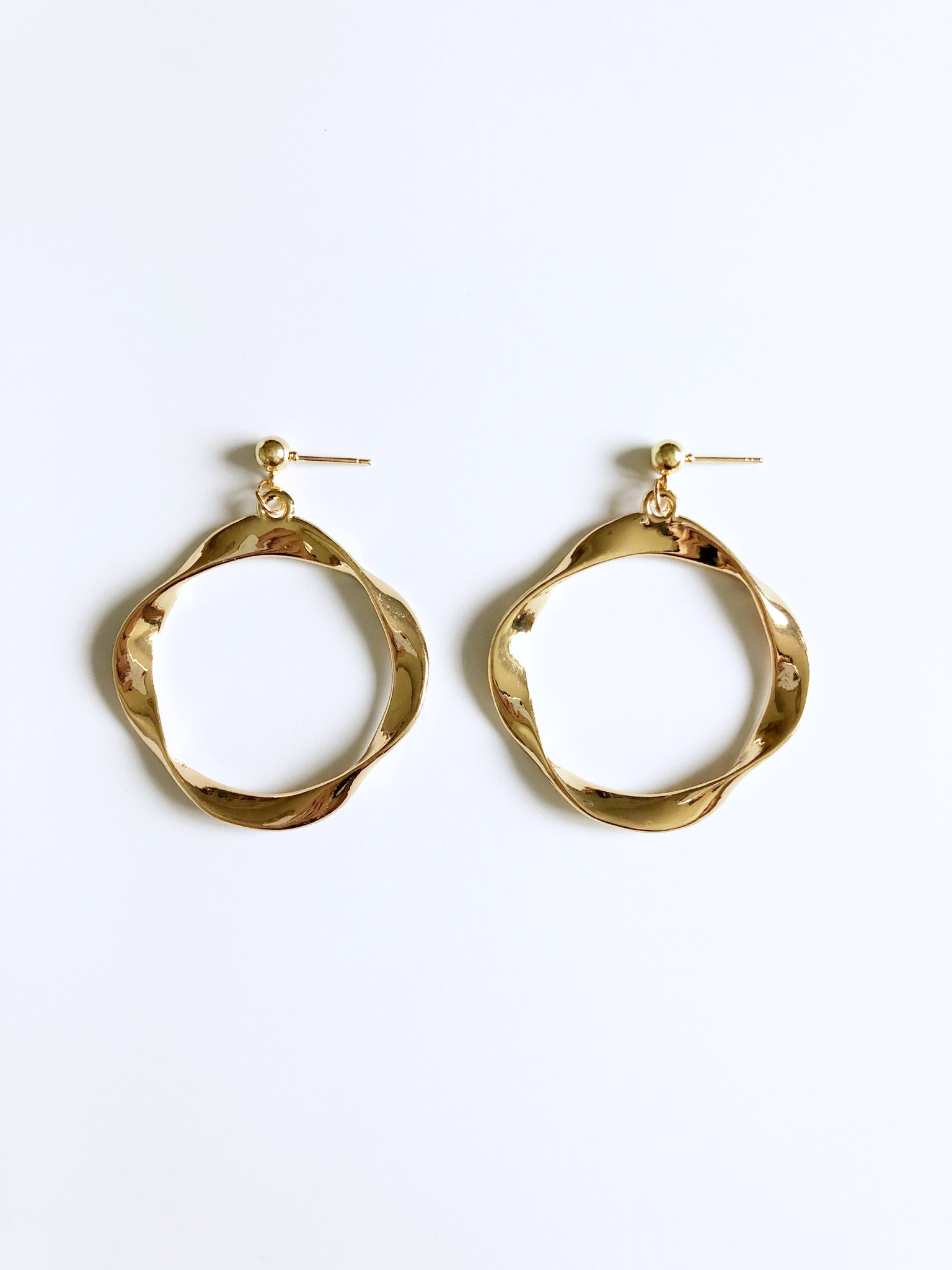 Orb Earrings (Gold)