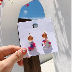 Jia Acrylic Dangle Earrings (Pink)