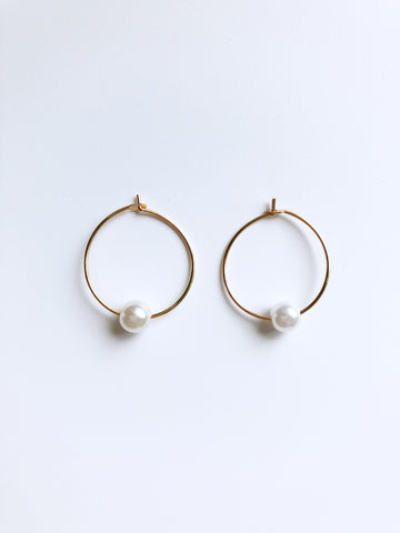 Dorel Petite Hoop Earrings (Gold)