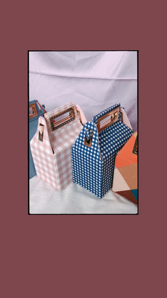 *Backorder* Fenny Carton Bag (Pink)