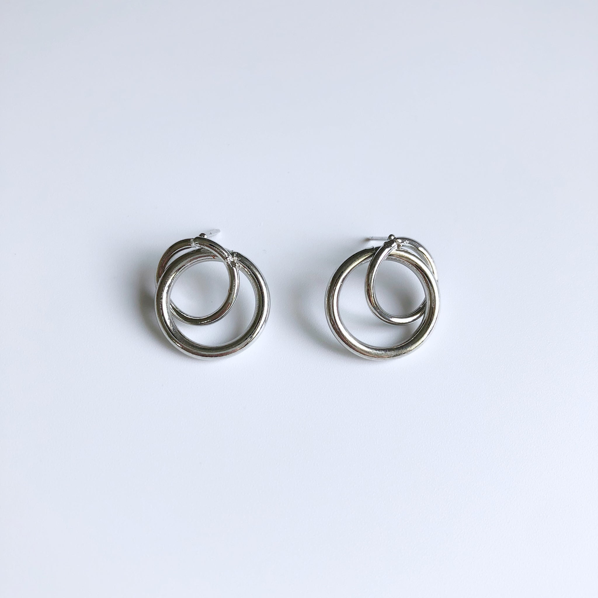Lexia Earrings (Silver)