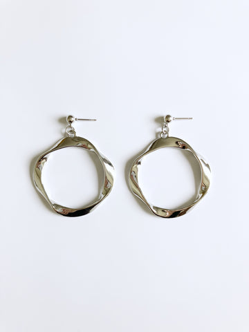 Orb Earrings (Silver)